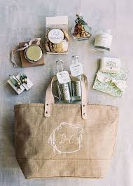 wedding gift bag ideas this burlap monogrammed bag looks lovely on its own