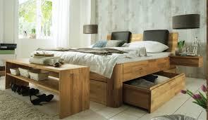 schlafzimmer naturholz naturbelassene massivholzbetten massivholzschlafzimmer in