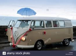new volkswagen bus vw bus stock photos u0026 vw bus stock images alamy