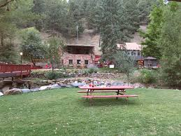 Boulder Outdoor Furniture by Boulder Adventure Lodge Review Amazing Family Or Couples Fun