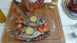 comment cuisiner des mange tout poisson comment épicer la daurade au four la recette épicée de la