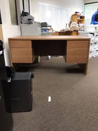 Sturdy Office Desk Office Desk L Shaped Business Equipment In Irvine Ca Offerup