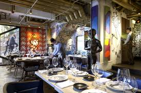 these 8 restaurants feature amazing art by the likes of banksy