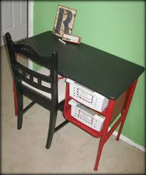 Kids Art Desk And Chair by Tattered And Inked Kids Art Desk Makeover