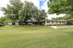Backyard Fort Worth - lovely 3 bedroom home in westover hills with a pool and large