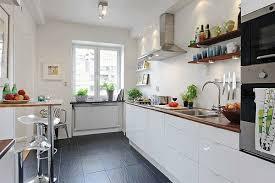 weiße küche wandfarbe skandinavisches design tolle skandinavische küche kreieren