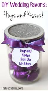 discount wedding favors diy wedding favors hugs and kisses crafts diy