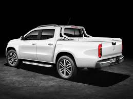mercedes benz why americans can u0027t buy the new mercedes benz x class pickup truck
