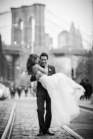 the 25 best city couples photography ideas on pinterest city