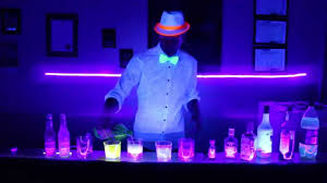 glow lights drinks that glow black lights