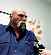 Superstar Billy Graham Bench Press Superstar Billy Graham Made It Big In Wrestling Now The