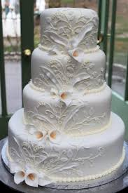 i love this wedding cake simple and beautiful love pinterest