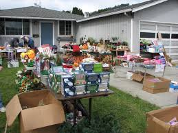 downsizing tips garage sale tips downsizing before your move lynns removals