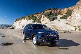 survival jeep cherokee jeep to revamp cherokee for 2018 goauto