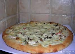 dans la cuisine de blanc manger pizza aux fruits de mer digne des