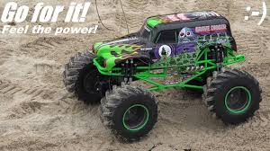 monster trucks youtube grave digger toy trucks rc monster jam show 1 8 scale grave digger playtime