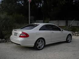2009 mercedes clk 550 white on light interior with 15k miles