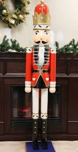Nutcracker Christmas Yard Decorations by Nutcracker How To Make Giant Nutcrackers For Your Front Yard Or