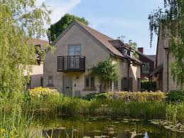 Cotswolds Cottages For Rent by Cotswold Water Park Self Catering Holiday Cottages And Vacation