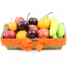 send fruit classic ripes fruit basket send fruit basket uk