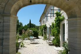 chambre d hote grignan maison d hôtes près de grignan en drôme provençale clos des 3