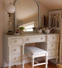 Jewelry And Makeup Vanity Table 9 Best Makeup Vanity Images On Pinterest Daughters Room