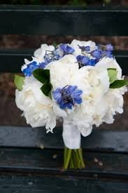 Wedding Flowers Blue And White Wedding Flower Ideas For Outdoor Weddings