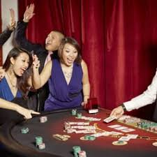 casinos with table games in new york big deal casino 33 photos 34 reviews casinos 1 e 28th st