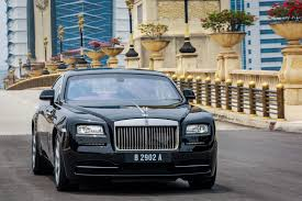 the rolls mid week feature the rolls royce wraith reviewed lowyat net cars