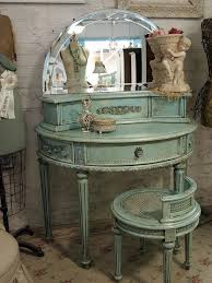 Vintage Style Vanity Table Vintage Style Vanity Table With Pop Culture And Fashion Magic