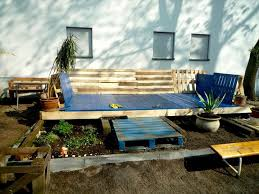 Free Designs For Outdoor Furniture by Diy Pallet Deck Furniture Budget Free