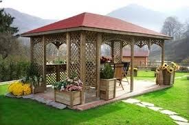 giardini con gazebo gazebo in legno gazebo come scegliere gazebo in legno