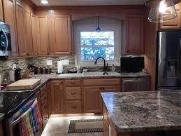 lowes medium oak kitchen cabinets kitchen renovation shenandoah bluemont oak honey square