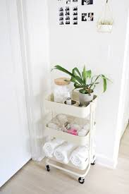 Small Bathroom Organization by Best 25 College Bathroom Ideas On Pinterest College Bathroom