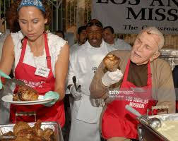 feeding the homeless on thanksgiving thanksgiving for the homeless at the los angeles mission photos