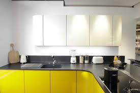 cuisine bleu petrole mur cuisine bleu amenagement cuisine castorama meuble avec