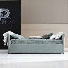 canapé convertible gigogne canapé convertible lit gigogne mobilier design meubles et atmosphère