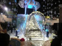Frozen Christmas Light Show by The Philadelphia Flower Show The Girly