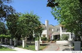 frank sinatra house frank sinatra house images nancy sinatra sells long time beverly hills home aol finance