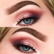cut crease using too faced