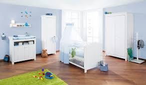 préparer la chambre de bébé 3 astuces pour aménager la chambre de bébé