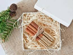 10 hostess gift ideas to bring to thanksgiving dinner hgtv u0027s