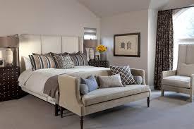 fauteuil chambre a coucher 12 idées de fauteuils et chaises d accent confortables pour la