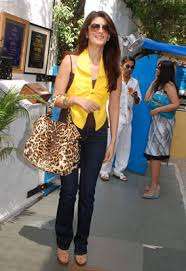 milgayi style diary style icon for march 2009 twinkle khanna