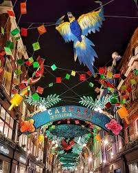 a classic christmas in london a traveler s guide wsj best christmas destinations for a winter city hostelworld