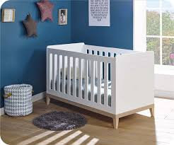 chambre bebe en bois chambre bébé complète riga blanche et bois