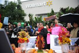 what time will walmart open on thanksgiving how walmart keeps an eye on its massive workforce