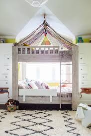 Desk Beds For Girls by Best 25 Bunk Bed Canopies Ideas On Pinterest Bunk Bed Tent
