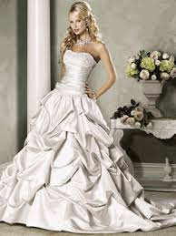wedding dresses 2010 wedding dress trends for 2010