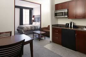 2 Bedroom Apartments In Houston For 600 Club Quarters Hotel In Houston A Business Hotel In Downtown